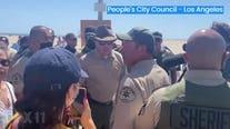 Community, LA County Sheriff clash on Venice boardwalk over housing the homeless