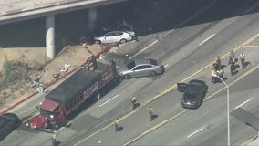 1 killed, another seriously hurt after pursuit ends in crash in City of Industry
