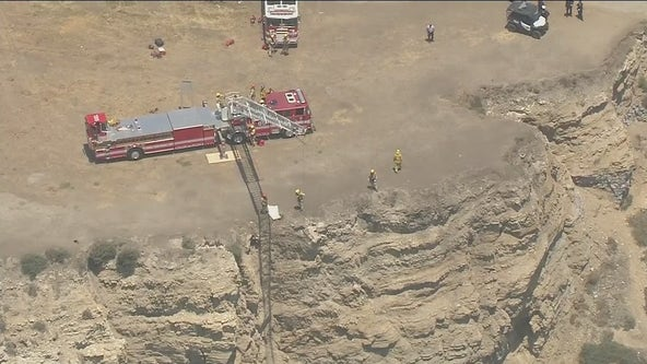 Body washes ashore in San Pedro days after man falls off Catalina Express