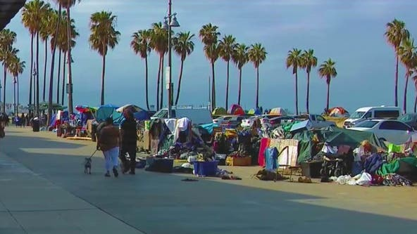 Bonin announces program to confront homeless crisis at Venice Beach; plans to fully reopen beach for public