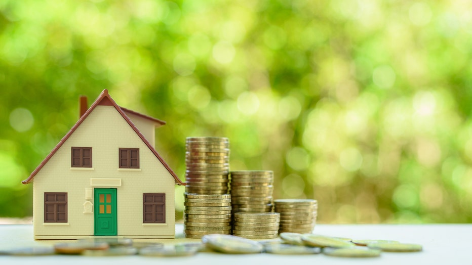 e451553e-Credible-home-refinance-pandemic-iStock-1168018754.jpg