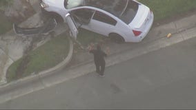 Dramatic chase ends in crash in Riverside