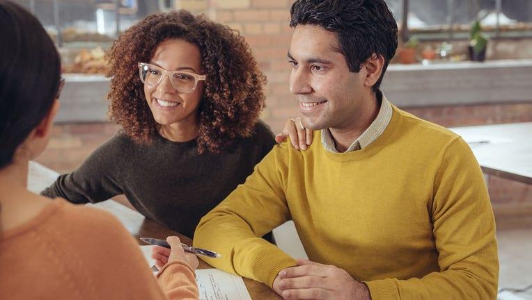 ebcff733-Credible-mortgage-refinance-iStock-638953282.jpg