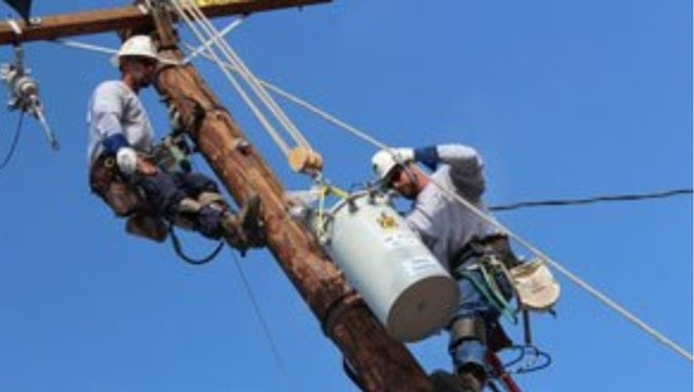PG&E crew at work