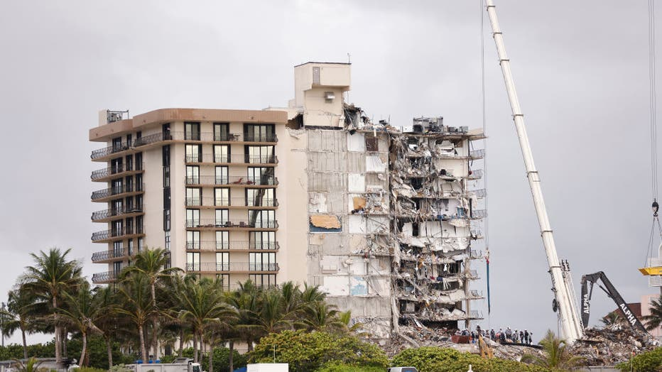 9054d283-Over One Hundred Missing After Residential Building In Miami Area Partially Collapses