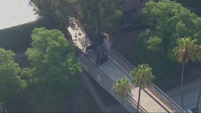 Man found stabbed to death on pedestrian bridge in Fullerton