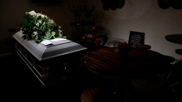 Lawsuit settled after LA coroner allegedly gave body to wrong family