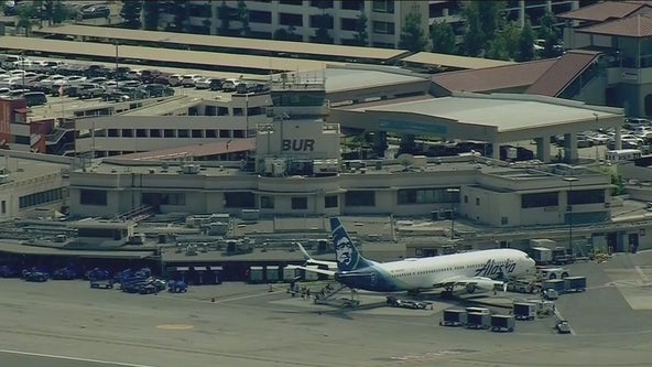 Person in custody after walking onto runway at Hollywood Burbank Airport