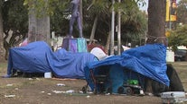 MacArthur Park begins temporary closure as crews work to clean up homeless encampments