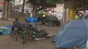 Remaining unhoused residents at MacArthur Park face citations ahead of closure