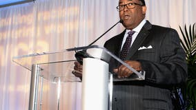 Mark Ridley-Thomas to step away from LA City Council meetings; not resigning from seat