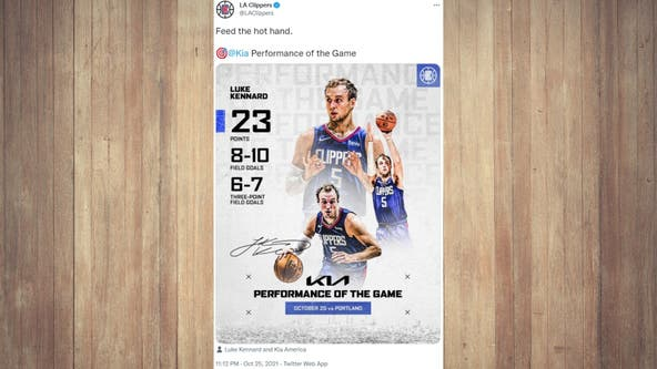 Kennard has 23, Clippers rout Blazers for 1st win