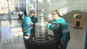 Sharks fans take selfies with Stanley Cup ahead of All Star Weekend