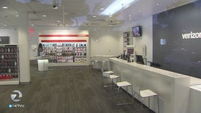 Burglars enter Verizon store through roof, steal $138,000 in merchandise