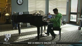 Child piano prodigy gives back to the community