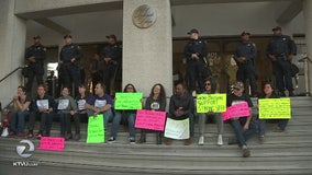Alameda Co. Sheriff's office met with federal immigration protests