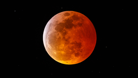 Super 'Blood Moon' is coming — here's where you can see the eclipse reach 'totality'