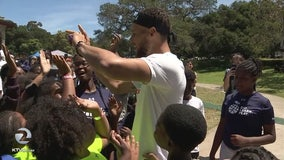 Curry's announce new foundation to help under-served Oakland youth