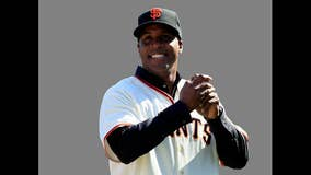 Home run king Bonds says he wishes he'd played one more year
