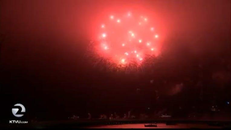 40ad9030-4th_of_july_firework_1467727945596.jpg