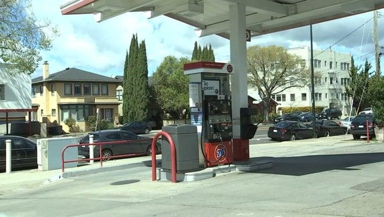 6 GAS PRICES _KTVU901e_146.mxf_00.00.00.00_1527170756370.png.jpg