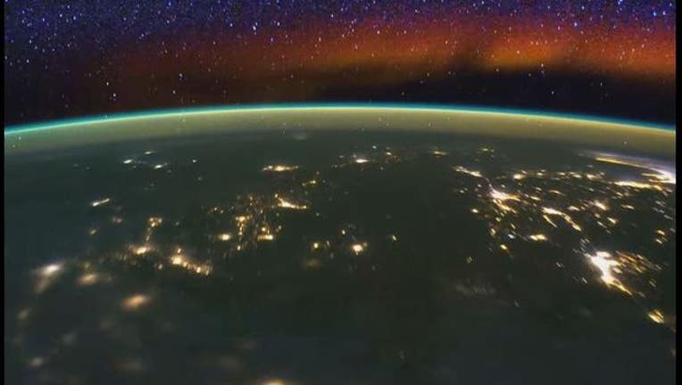 0ba35a73-NASA Timelapse of horizon of Earth from the ISS-407068.jpg
