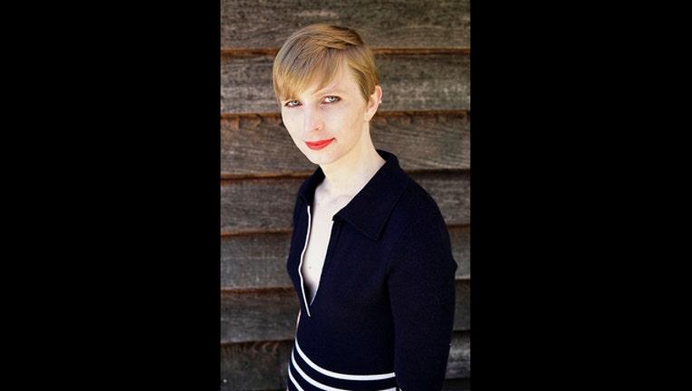 1db00e40-APTOPIX Chelsea Manning_1495147455121