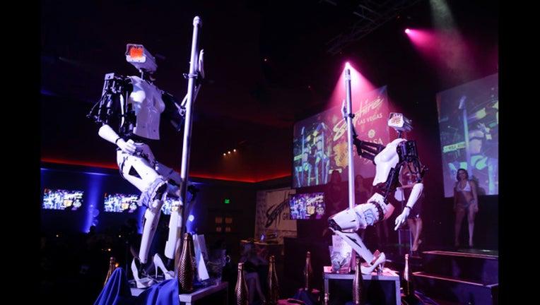 7f01d90a-Gadget Show Pole Dancing Robots_1515714254107