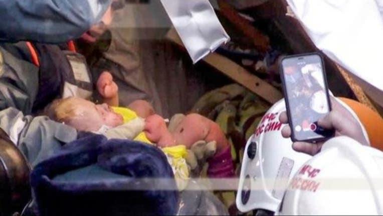 4f47a019-AP_baby_rescued_in_russia_1546536207088.JPG