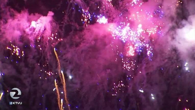 Fireworks_light_up_Bay_Area_sky_0_20170705051227