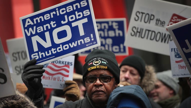 21c9262b-GETTY Federal Worker Protest-401096