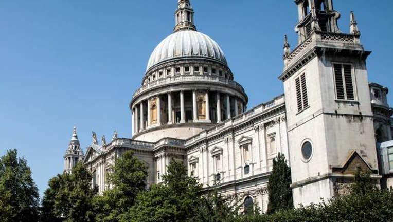 Getty St. Paul's Cathedral in London_1554305949224.jpg-408200.jpg
