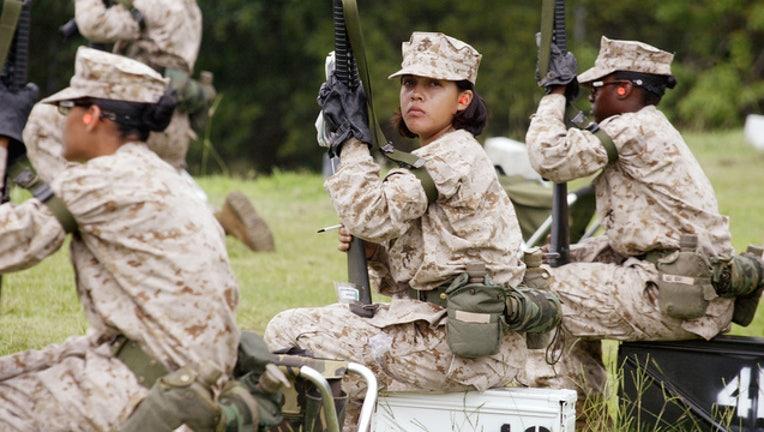 1e114eaa-50999051SO014_Women_Marines_1551110829953-408200
