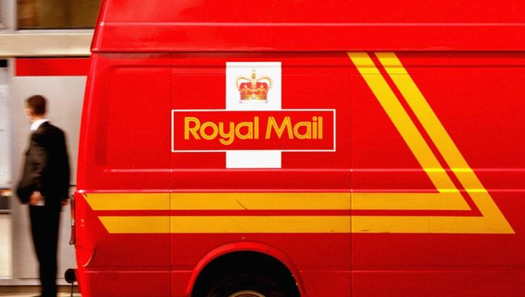 8af8a604-GETTY Royal Mail 113018-408200