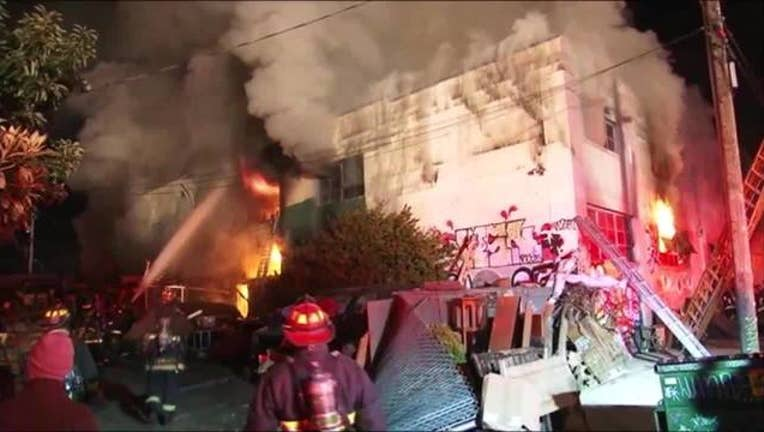 Oakland_ghost_ship_warehouse_fire_0_20161209204353