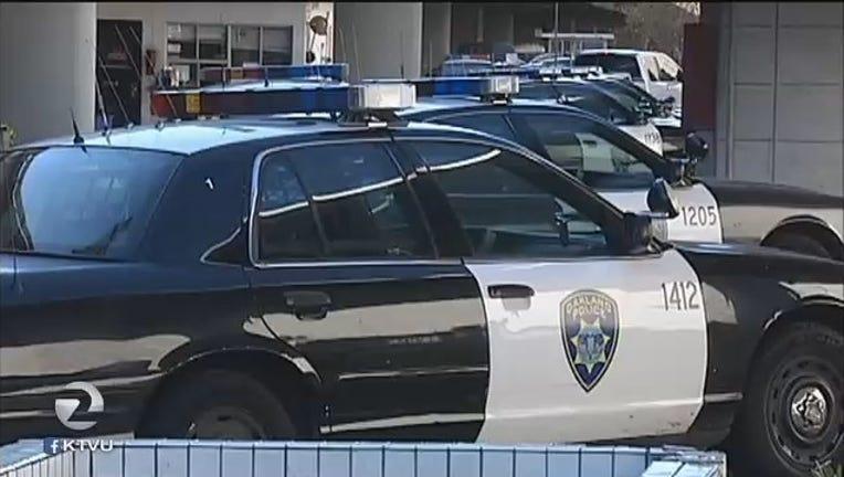 Oakland_police_car_close_up_1441046118691.jpg
