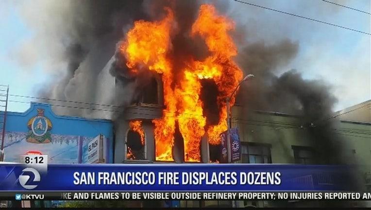 0d70365e-SAN_FRANCISCO__Fire_displaces_dozens_0_20160620162930