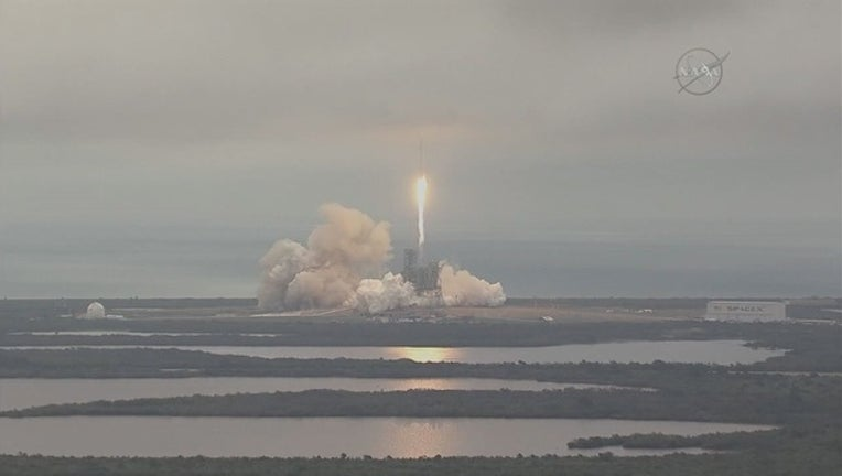 3829ef07-SpaceX_launches_Falcon_9_rocket_from_Ken_0_20170219160104-401385
