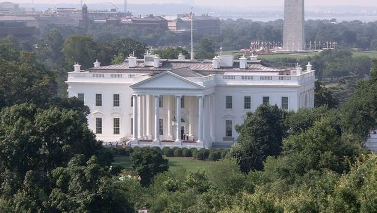 de527bff-White House 070318-401720-401720-401720.jpg