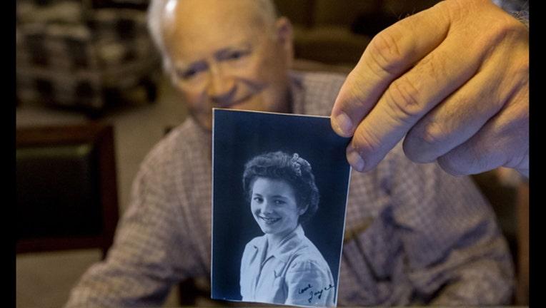 3069aaaf-WWII Veteran Sweetheart Reunion_1455117795419-401720
