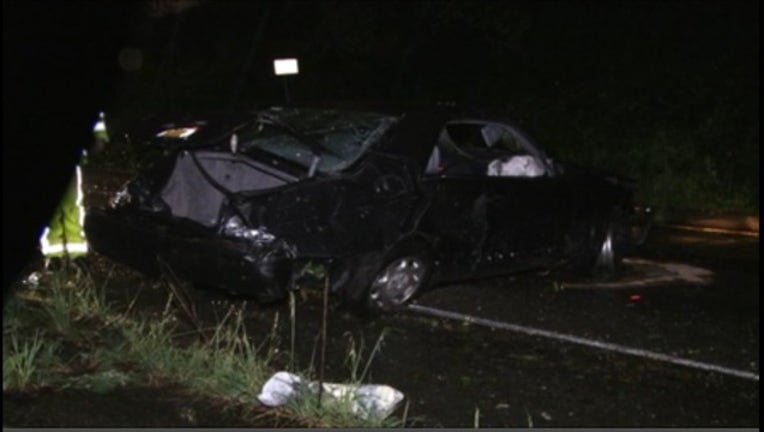 1641276d-Man killed in rollover crash off Highway 580 in Oakland