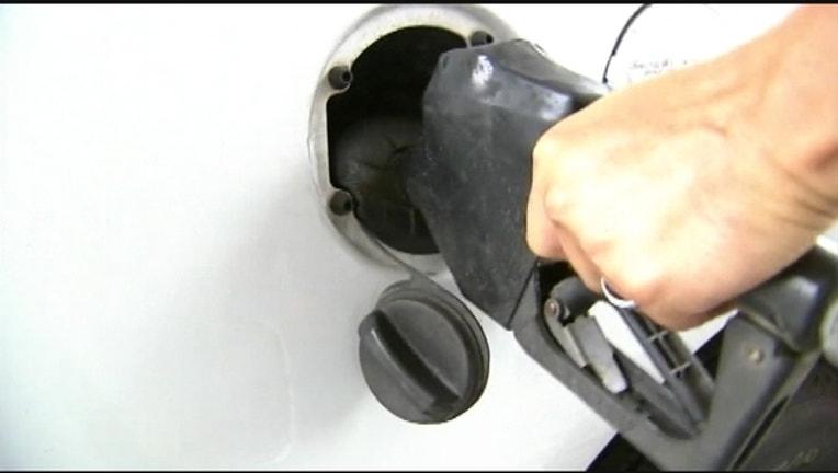 e47f1f0e-gas-pump-402429.jpg