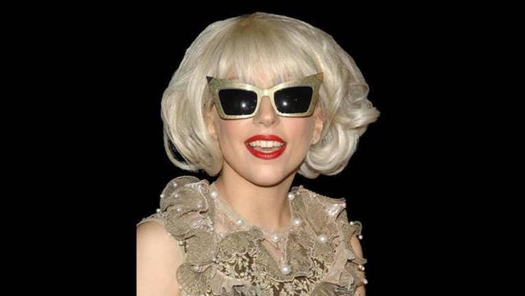 782741b8-Lady Gaga Heartbeats Launch_1454452199150