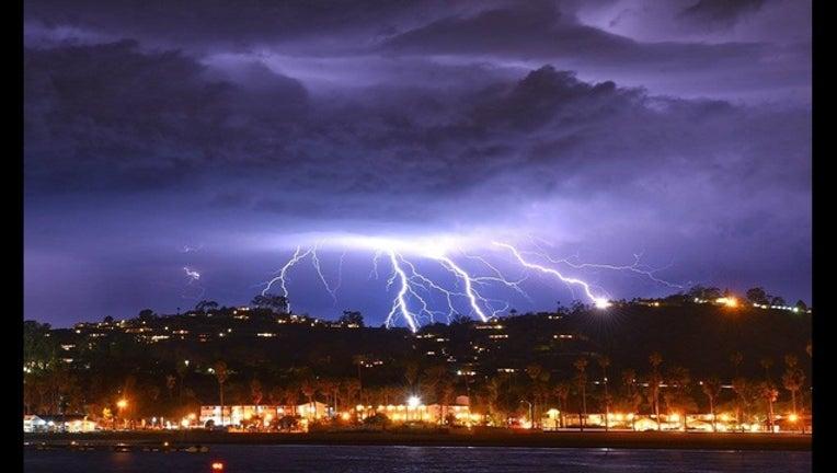 07efcb3d-lightning cropped_1551885479024.jpg.jpg