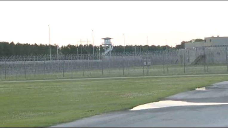 8d4f232f-prison-riot_1523877093021-402970.jpg