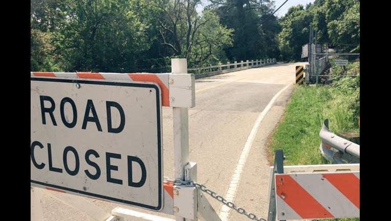 f58edd79-road_closure_1492636954541.JPG