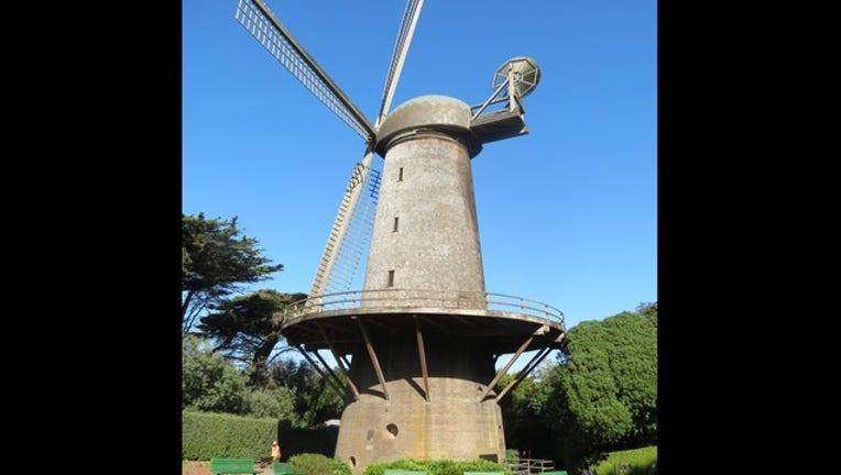 aaa06456-windmill_1494372085097.jpg