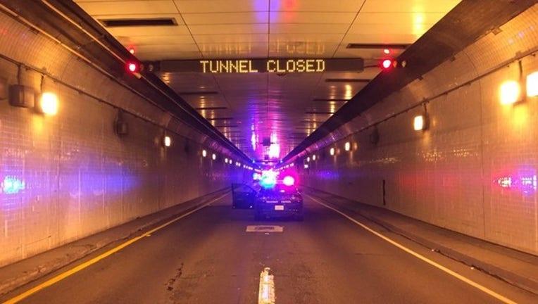 b92a2f57-Caldecott Tunnel_1522090855651.jpg_5221186_ver1.0_2560_1440_1569695940709.jpg.jpg