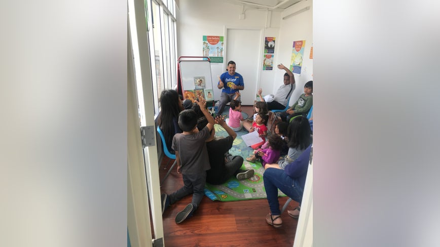 Oakland Laundromat promotes love of reading, offering story-time for children