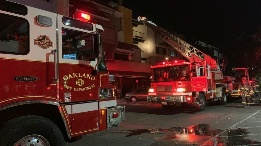 Oakland Fire Dept. extinguish 2-alarm apartment fire near Jack London Square waterfront
